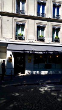 Arrivée à notre hôtel idéalement situé au coeur de Paris